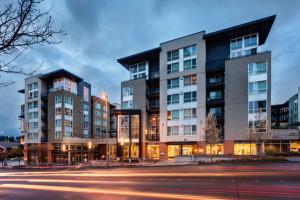 Bellevue Furnished Rentals 10