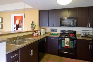 Bellevue Furnished Rentals 3