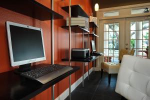Furnished Apartments By FOX San Antonio 6
