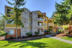 Kirkland Furnished Housing 2