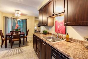 Lynnwood Apartments Furnished Housing 8