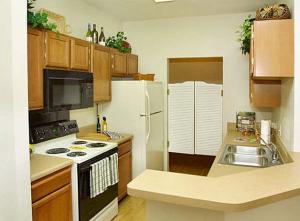 Pensacola Furnished Apartment 9