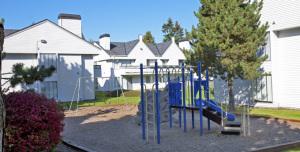 Renton Corporate Apartment Rentals 4