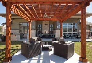 San Antonio Fully Furnished Apartmernts 6