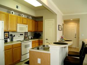 Temp Apartment Rentals Furnished 13