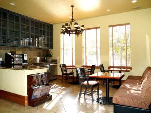 Temp Apartment Rentals Furnished 4
