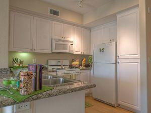 Furnished Housing LA 16