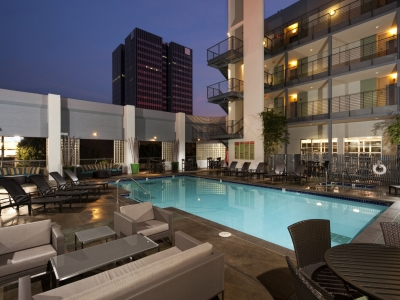 LA FURNISHED APARTMENTS 7
