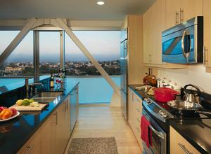 LA Housing 9