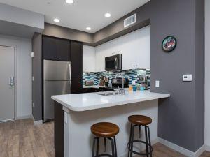 TEMP HOUSING LA 13