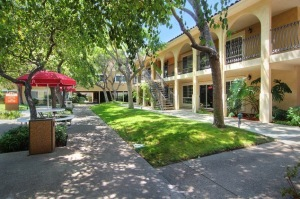 fully furnished los angeles housing 12