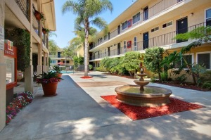 fully furnished los angeles housing 3