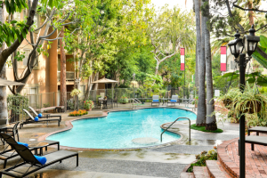 furnished apartments in la 20