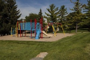 large apartments in rochester hills with playgrounds