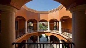 Blu Corporate Apartment Rental 11