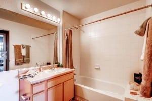 Greeley Colorado Corporate Apartment Blu 1