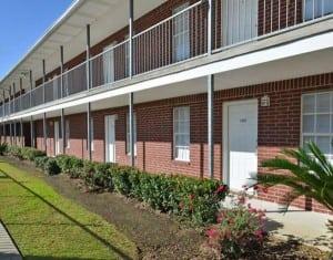 BLU CORPORATE HOUSING CORPORATE APARTMENT 98345 7