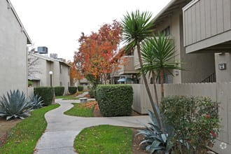 merit manor apartments clovis ca building photo