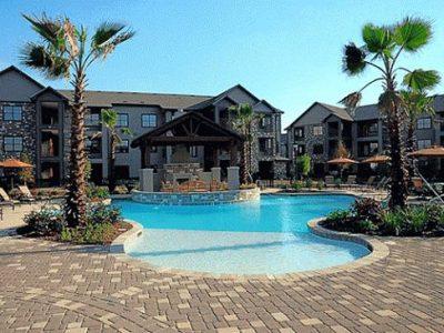 Blu Corporate Housing 4 8
