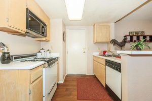 Fully Furnished 3 2