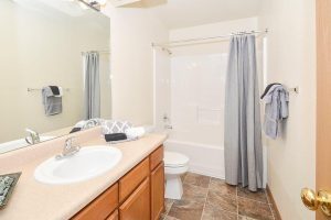 Fully Furnished Corporate Housing 8 1