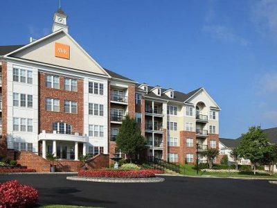 executive housing 6 3